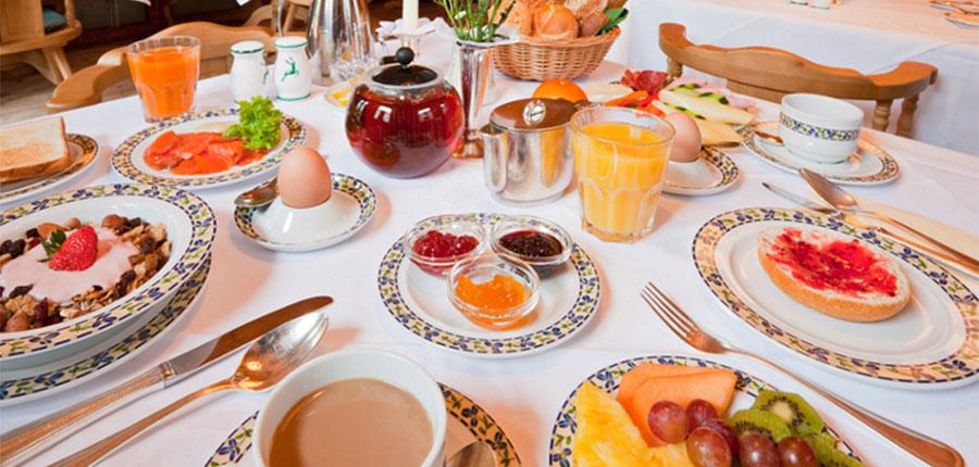 Romantik-Hotel Böglerhof, Alpebach, Austria - breakfast.jpg